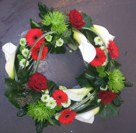 Modern Loose Wreath